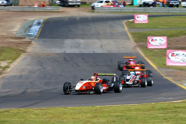 Ben Gersekowski takes on a recovery effort at Sandown. His Dallara was beset by problems after a career best front row start (photo: Nathan Wong/Australian F3)