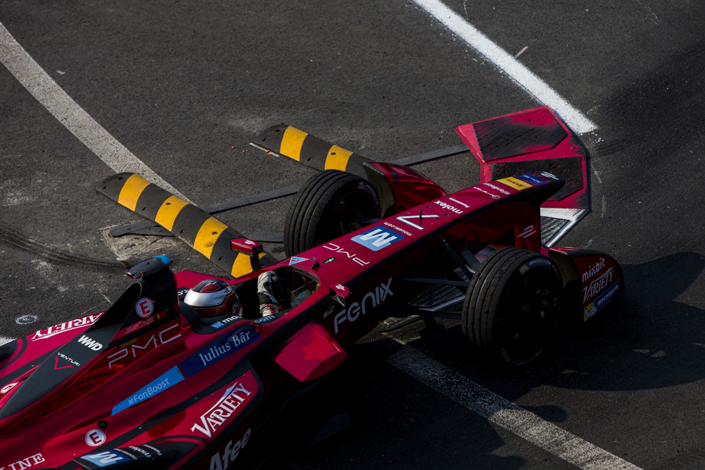2015/2016 FIA Formula E Championship. Mexico City ePrix, Autodromo Hermanos Rodriguez, Mexico City, Mexico. Saturday 12 March 2016. Jerome D'Ambrosio (FRA) Dragon Racing - Venturi VM200-FE-01. Photo: Zak Mauger/LAT/Formula E ref: Digital Image _79P3652