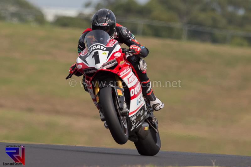 Leonard Smith MotoGP-3